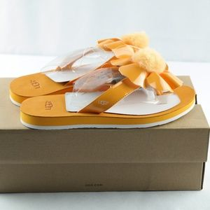 Ugg Poppy Sandals Sz 7 Orange Flower Flip Flops